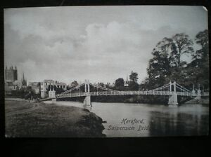 POSTCARD-HEREFORD-SUSPENSION-BRIDGE-WITH-CHURCH-IN-BACKGROUND-HEREFORDSHIRE
