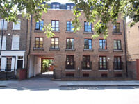 Fantastic secure gated 2 bed ground floor flat with allocated parking