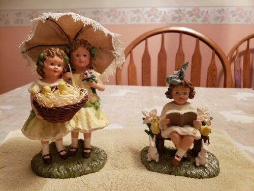 KD Vintage Designs-Easter Figurines-Pre-owned, Excellent condition.