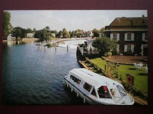 POSTCARD-B2-BUCKINGHAMSHIRE-VIEW-FROM-MARLOW-BRIDGE-ALONG-THE-THAMES