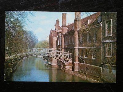 POSTCARD CAMBRIDGESHIRE CAMBRIDGE - WOODEN BRIDGE OF QUEENS COLLEGE
