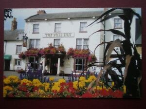 POSTCARD-B12-BUCKINGHAMSHIRE-THE-BULL-INN-AT-OLNEY