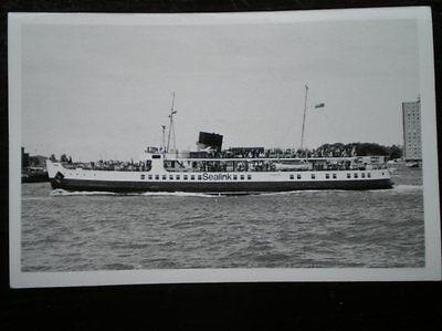 PHOTO  SEALINK MV 'BRADING' FERRY AT PORTSMOUTH 27/6/77