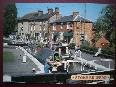 POSTCARD NORTHAMPTONSHIRE STOKE BRUERNE - GRAND UNION CANAL - PUBS ON THE CANAL