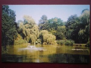 POSTCARD-B6-BUCKINGHAMSHIRE-ASCOTT-HOUSE-LILY-POOL