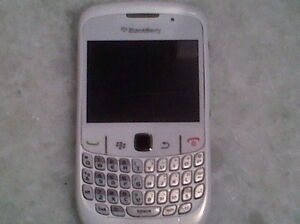 Unlocked Blackberry Curve 9300 White/Good Condition