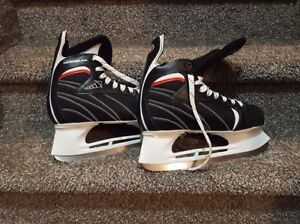 Mens skates Size 12 New Condition