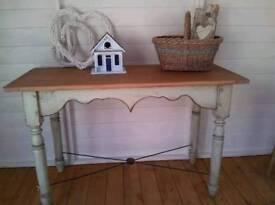 Industrial vintage stretcher table