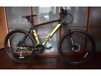 SAW CALIBRE MOUNTAIN BIKE, 4 WEEKS OLD IN BRAND NEW CONDITION. RRP £329