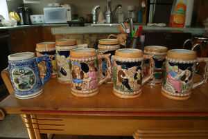 COLLECTION OF 8 VINTAGE BEER STEINS / MUGS