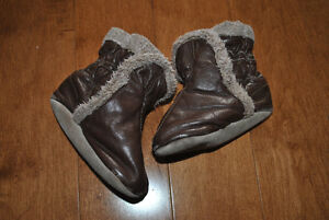 Robeez Brand Soft Sole Booties Brown 6-12 Month Size Peterborough Peterborough Area image 3