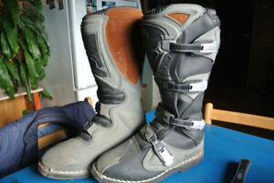 Thor MotoX Boots size 10