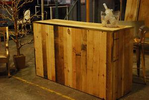 Comptoir bar commercial industriel dans grand montr al for Modele de bar pour maison