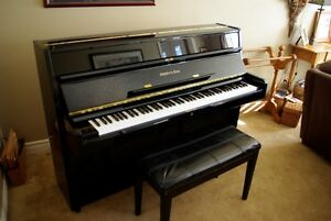 Schafer & Sons VS42 Continental, Black Laquer, Piano