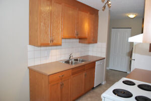 It's As BIG as a HOUSE.  West End 3 Bedroom Top Floor Apartment