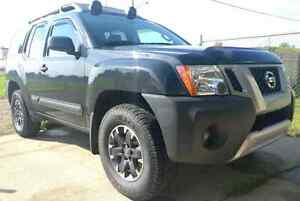 2014 Nissan Xterra Pro-4X with full extended warranty