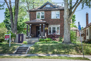 2 Storey Home in Old South London Ontario image 1
