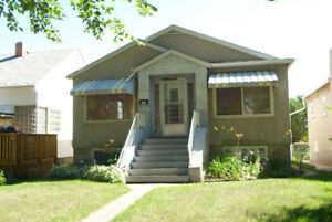 Super Cute Renovated 2 Bdrm Bsmt 11425-68 st