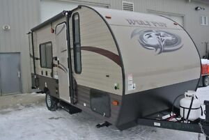 2016 Wolf Pup 16 FQ Travel Trailer