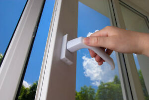 FREE QUOTES ON VINYL WINDOWS & ENTRY DOORS REPLACEMENT