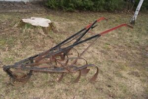 Antique plow - great piece of outdoor decor West Island Greater Montréal image 1