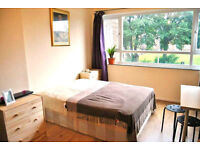 EXTREMELY NICE AND SPACIOUS DOUBLE ROOM - SUPER CHEAP - SHARE WITH YOUNG PEOPLE