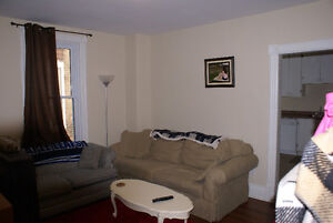 All inclusive! Near transit, laundry and parking on site Peterborough Peterborough Area image 3