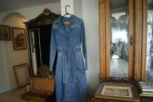 VINTAGE DENIM COAT~SIZE SMALL/MEDIUM~80S 90S LONG JEAN TRENCH MA