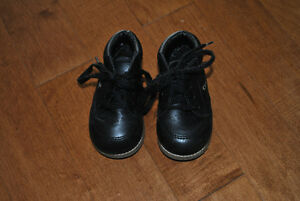 Gerber Brand Black Lace Up Boots Size 4W
