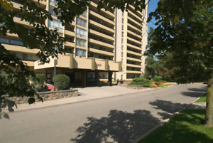 Room for rent near York University, Finch Avenue West Station