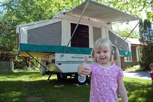 Rockwood Freedom Tent Trailer 10' Popup Airconditioning
