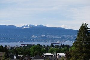 Stunning 2 bedrrom in Kits with city views-June 1st!
