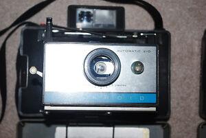 Lot of 2 Vintage Polaroid Camera's and 2 Flashes Kitchener / Waterloo Kitchener Area image 2