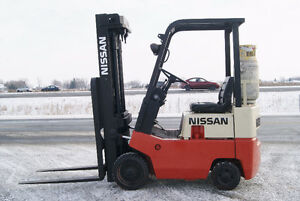 CHARIOT ELEVATEUR,FORKLIFT,SIDESHIFT,PROP,CUSHION,NISSAN CF01A15