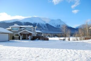 Build your Dream Home and Enjoy Stunning Mountain Views