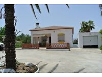 3 bed Villa In Spain - Alhaurin el grande with Swimming pool, Garage and Guest house. Close to town
