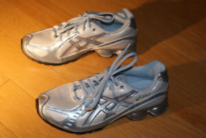 ASICS GEL ladies sports shoes 6.5US size