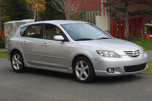 2006 Mazda Mazda3 Sport GS Hatchback, 5-spd. manual (low km's!)