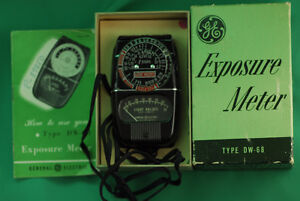 Vintage GE light meter
