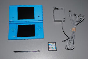 Nintendo DSi Console with Charger, Stylus Pen + Game