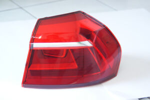 2016 Volkswagen Passat original OEM right side tail lamp