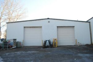 8,500 sq. ft. with quick access to Blackfoot Trail & Deerfoot Tr