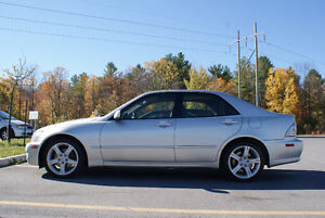 2002 Lexus IS300 Sedan