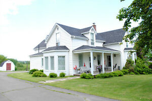 172 Lavallee, Memramcook - B & B WITH CHARM & CHARACTER