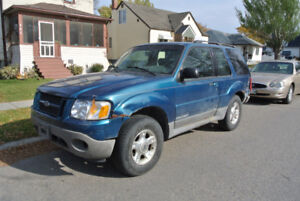 2001 Ford Explorer Sport 4x4 AS-IS - DRIVES/WORKS!