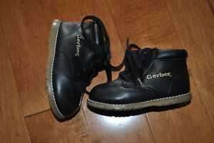 Gerber Brand Black Lace Up Boots Size 4W Peterborough Peterborough Area image 2