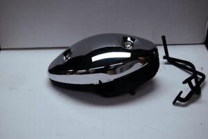 Couvercle de filtre a air (pair vale cover) Suzuki C90 2006
