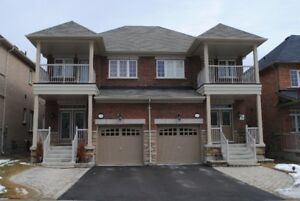 Luxurious 4 Bedroom Semi-Detached in Prime Maple Location