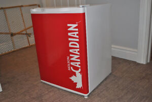 Danby Molson Canadian bar Frig. NEW PRICE!!!
