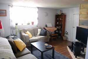 Available July 1st - Cozy 2 Bedroom Apartment